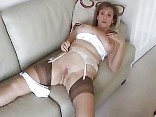 Amateur Dildo MILF Stocking Strapon