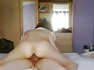 Amateur Hardcore Homemade Hot Housewife MILF Ride Wife