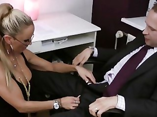 Blonde Blowjob Boss Fuck Hidden Cam MILF Office Secretary