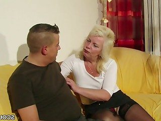 Hardcore Mammy Mature MILF Old and Young Pussy Seduced Teen