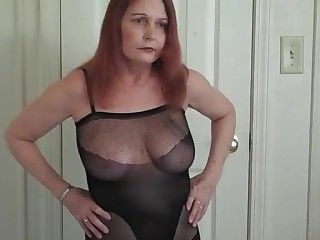 18-21 Amateur Homemade Hot Juicy Lingerie Mature MILF